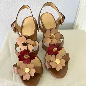 Floral heels from MK